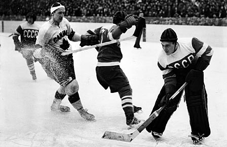 World Ice Hockey Championship - Canada vs. Soviet (1954)
